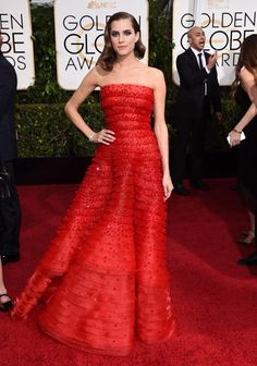 """Girls"" star Allison Williams dazzled in a red Armani Prive gown while posing for the cameras."