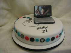 Laptop birthday cake