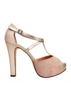 1738c32360b64 9 mejores imágenes de sandalias ♥
