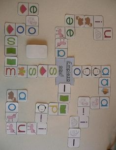 Alphabet Dominoes: Letter and Beginning Sound Matching (Spanish) Dual Language Classroom, Bilingual Classroom, Bilingual Education, Pre K Activities, Teaching Activities, Teaching Ideas, Initial Sounds, Letter Sounds, Prek Literacy