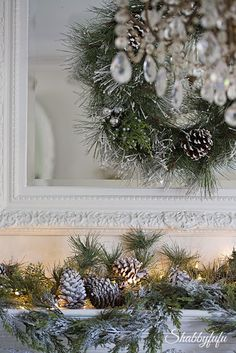My holiday home tour 2015 at Shabbyfufu starts in the living room. I hope that you come visit the blog for much more!