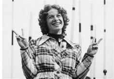 The 60 greatest female singer-songwriters of all time Gerry Goffin, Carole King, Female Singers, Rock And Roll, Men Casual, Husband, Songs, Mens Tops, 1950s
