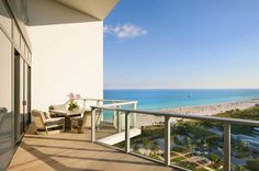 Miami_Beach_Penthouse_For_Deep_Pockets_on_world_of_architecture_08.jpg 728×484 pixels
