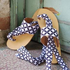 Handmade leather sandals by Lacrimosa Design #handmade #leather #sandals #summer #gift #accessories #fashion #style