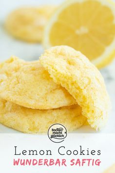 Juicy Lemon Cookies (Lemon Cookies) Baking makes you happy - Attention cookie fans: These juicy lemon biscuits are a delicious alternative to normal biscuits. Lemon Desserts, Healthy Dessert Recipes, Smoothie Recipes, Cookie Recipes, Delicious Desserts, Snack Recipes, Cupcake Recipes, Biscuits Au Four, Lemon Biscuits
