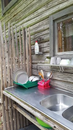 Outdoor Sinks, Outdoor Baths, Diy Cabin, Guest Cabin, Small Outdoor Spaces, Summer Kitchen, Outdoor Kitchen Design, Outdoor Living, Outdoor Decor