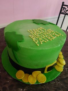I would like to make a Happy Birthday Jakson birthday cake like this for St. Patty's day!