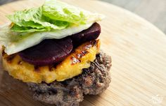 Grill up a feast from the outback with this unique and delicious twist on a Paleo burger recipe. Paleo Ground Beef, Ground Beef Recipes, Hamburger Recipes, Aussie Burger Recipe, Primal Recipes, Diet Recipes, Cena Paleo, Paleo Burger, Beef Burgers