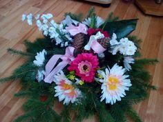 Floral Wreath, Wreaths, Plants, Home Decor, Homemade Home Decor, Flower Crowns, Door Wreaths, Deco Mesh Wreaths, Plant