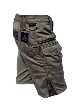 The new 'Hexa Shorts' from our friends in Paris. Mens Tactical Pants, Tactical Clothing, Mens Fashion Shoes, Fashion Outfits, Men's Fashion, Shoes Men, Mode Polo, Cargo Pants Men, Mens Clothing Styles