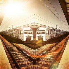 The waiting #train #trainstation #lisbon #lisboa #portugal #waitingtogo #snapseed #snapseedapp #cameramx #picoftheday #cameramxapp #warm #sun #reflex #reflection #sparkmode #awesome #amazing #instalike #instapic #effects #coloreffects #light #lighteffects #goinghome #backhome #cool #edit