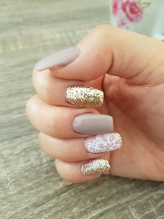 Nude nails manicure sparkle Kylie glitter gold lace stamp sticker style fashion Shiny coffin shaped nails glamour