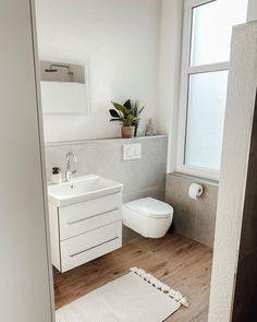 Small Cottage Interiors, Bath And Beyond, Beautiful Bathrooms, Bathroom Inspiration, Sweet Home, Room Decor, Tel Aviv, Feels, Decor Ideas