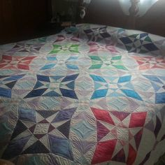 Storm at Sea quilt made for my niece. #quiltsofinstagram #freemotion #freemotionquilting #fmq #stormatseaquilt #proudinnovian…