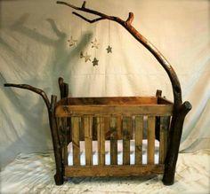 Preciosa cuna de madera. Tu bebe más cerca de la naturaleza. #cunamadera #bebe