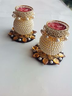 Bead work on an earthenware Diy Diwali Decorations, Festival Decorations, Diy Wedding Decorations, Diya Rangoli, Flower Rangoli, Diwali Diya, Cd Crafts, Hobbies And Crafts, Arts And Crafts