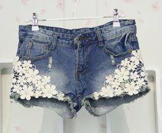 Seas!  Fashion Flower Lace Denim Shorts