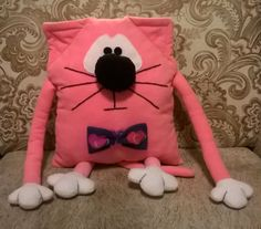 """Sewing tutorial, how to sew a cat pillow or original toy a very soft """"Pink Cat"""" of fleece with bow tie."""