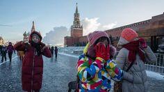 Zelfs Russen kijken op: Moskou veranderd in grote vrieskist | NOS