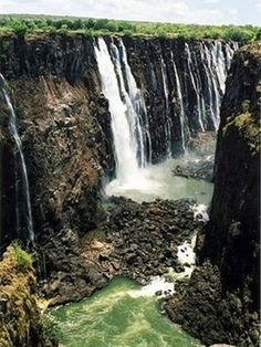 Amazing Waterfalls Around The World -2 - Picz Mania