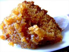 South African Malva Pudding Recipe from The Just Desserts Kitchen No Bake Desserts, Just Desserts, Dessert Recipes, Dessert Ideas, Italian Desserts, Kos, Malva Pudding, Exotic Food, Pudding Recipes