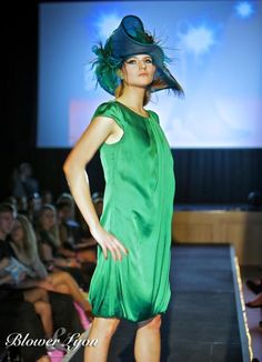 One from my recent fashion show BY JAYNE ELIZABETH MILLINERY #millinery #hats #HatAcademy