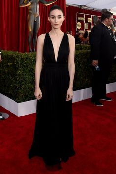 SAG Awards 2016: The Best Dressed Celebrities on the Red Carpet - Rooney Mara in Valentino