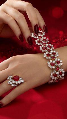Mom Jewelry, High Jewelry, Cute Jewelry, Luxury Jewelry, Pearl Jewelry, Indian Jewelry, Jewelry Art, Fashion Jewelry, Jewelry Design