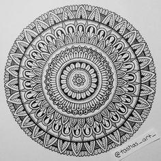 #mandala #mandalart #mandalamaze #heymandalas #beautiful_mandalas #mandalala #zendala #featuregalaxy #artist_features #worldofartists #mandala_sharing #iblackwork #art_spotlight #arts_help #drawing #instaart #instartlovers #featuring_art #mysticalmandalas
