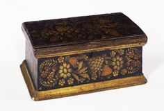 """STEAMBOAT VETO BOX/ Artist unidentified, possibly New York, United States, c. 1832, paint, gold leaf, and bronze powder stenciling on wood, 5 1/2 × 13 × 7 5/8"""", collection American Folk Art Museum, gift of the Historical Society of Early American Decoration: 76.5.2. Photo credit: John Parnell."""
