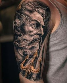 What does poseidon tattoo mean? We have poseidon tattoo ideas, designs, symbolism and we explain the meaning behind the tattoo. Posseidon Tattoo, Zues Tattoo, Tattoos 3d, Medusa Tattoo, Trendy Tattoos, Body Art Tattoos, Sleeve Tattoos, Tattoo Blog, Sleeve Tattoo For Guys