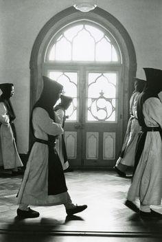 奈良原一高《「王国」より沈黙の園》1958年