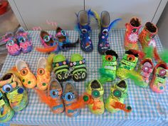 Eyfs Classroom, Traditional Tales, Crazy Day, Shoe Art, Crazy Shoes, Diy Projects To Try, Fairy Tales, Fashion Shoes, Creations