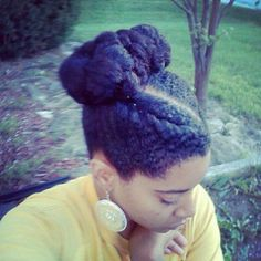 Awesome natural hair updo!