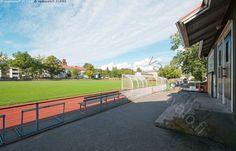 Tammisaaren urheilukenttä - urheilu urheilukenttä urheilla kenttä juoksu juokseminen juosta juoksurata rata viheriö harrastaa harrastus liikunta katsomo Raasepori Tammisaari Ekenäs