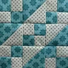 Patchwork blocks ideas quilt patterns Ideas for 2019 Patchwork Quilting, Scrappy Quilts, Easy Quilts, Mini Quilts, Half Square Triangle Quilts, Square Quilt, Quilt Baby, Quilt Block Patterns, Pattern Blocks