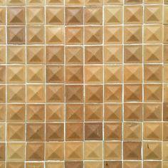 Aquinostraße :: Carreau de Cologne #carreaudecologne #tilesofcologne #koelschefliesen #fliesen #tile #tiles #carrelage #ihavethisthingwithtiles #tileaddiction #tilecrush #tilestyle #instatiles #köln #kölle #cologne #colonia #visitkoeln #hiddencologne #thisiscologne #koelnergram #365cologne #koelscheecken #liebedeinestadt #kölnarchitektur #colognearchitecture #architecture #texture #haptic by carreau_de_cologne