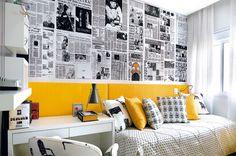 Quarto 2 cores Amarelou Descolado e cheio de personalidade, o quarto da jovem de 20 anos teve a monotonia dos tons de cinza e branco quebrada pela presença – ilustre – da cor amarela. O painel acima da cabeceira de madeira, revestido em tecido de algodão amarelo, é o toque de estilo do ambiente.