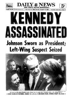 14 Newspaper Headlines From the Past That Document History's Most Important Moments 14 Schlagzeilen Les Kennedy, Jackie Kennedy, Newspaper Headlines, Old Newspaper, Newspaper Archives, Newspaper Design, American Presidents, American History, Poster