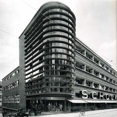 Architekturgeschichte II: Das Kaufhaus Schocken in Stuttgart. German Architecture, Interior Architecture, Erich Mendelsohn, Amsterdam, Art Deco, Bauhaus Design, Streamline Moderne, Constructivism, Department Store