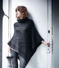 Trendy black poncho | #impressionen | FW15 | #lyoness | Shop now: https://www.lyoness.com/branche/clothing