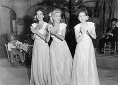 The Andrew Sisters - lovin the look!