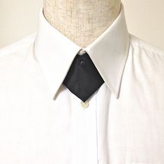 5.Triangle Pin Fastening / 三角ピン留め Continental Cross-Over Tie ,クロスタイ,メンズ服飾文化,作り方,ピン Indian Men Fashion, Girl Fashion, Fashion Outfits, Groomsmen Grey, Fashion Cover, Fashion Details, Fashion Design, Power Dressing, Androgynous Fashion