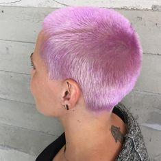 Buzzed Hair Women, Shaved Head Designs, Cotton Candy Hair, Girl Hair Colors, Bald Hair, Emo Hair, Super Short Hair, Shaved Hair, Shaved Head Girl