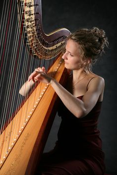 Stephanie Beck Harpist #strings #harp #harpist #events #entertainment #musician #velvetentertainment
