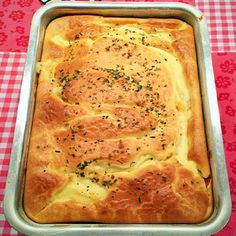 Blender's chicken pie- Torta de Frango de Liquidificador The blender chicken pie recipe has a super simple dough. How to Make Blender Chicken Pie Sticking with Fluffy Dough - Pie Recipes, Crockpot Recipes, Cooking Recipes, Best Gluten Free Desserts, Portuguese Recipes, Quiches, Polenta, Finger Foods, Love Food