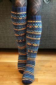 Wool Socks, Knitting Socks, Rainbow Dog, Knee Socks, Pulls, Knit Crochet, Knitting Patterns, Cold, Winter