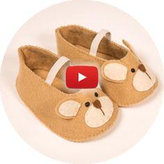 Curso Online de Artesanato em Feltro - 100% em Vídeo - Escola de Feltro Doll Shoes, Baby Sewing, Doll Clothes, Baby Shoes, Projects To Try, Crafty, Dolls, Knitting, Crochet