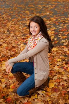Senior Picture / Photo / Portrait - Girls - Fall