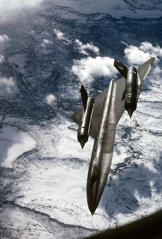 """""""BlackBird"""",the fastest supersonic aircraft in the world."""